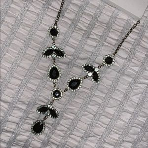NWT H&M Green necklace